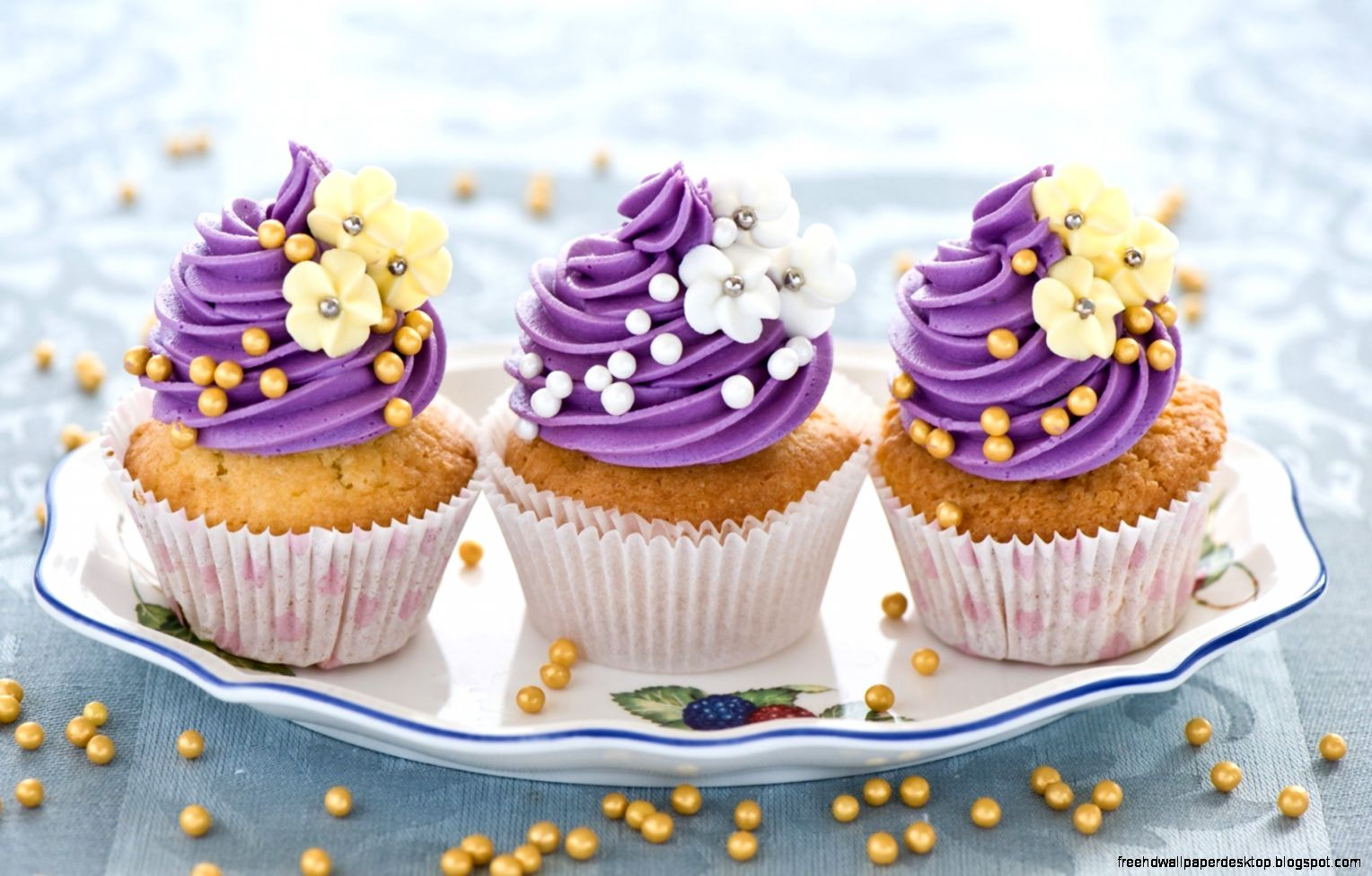 sweets dessert cupcake photo hd wallpaper | free high definition