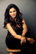 Pooja Jhaveri glamorous photos-thumbnail-11