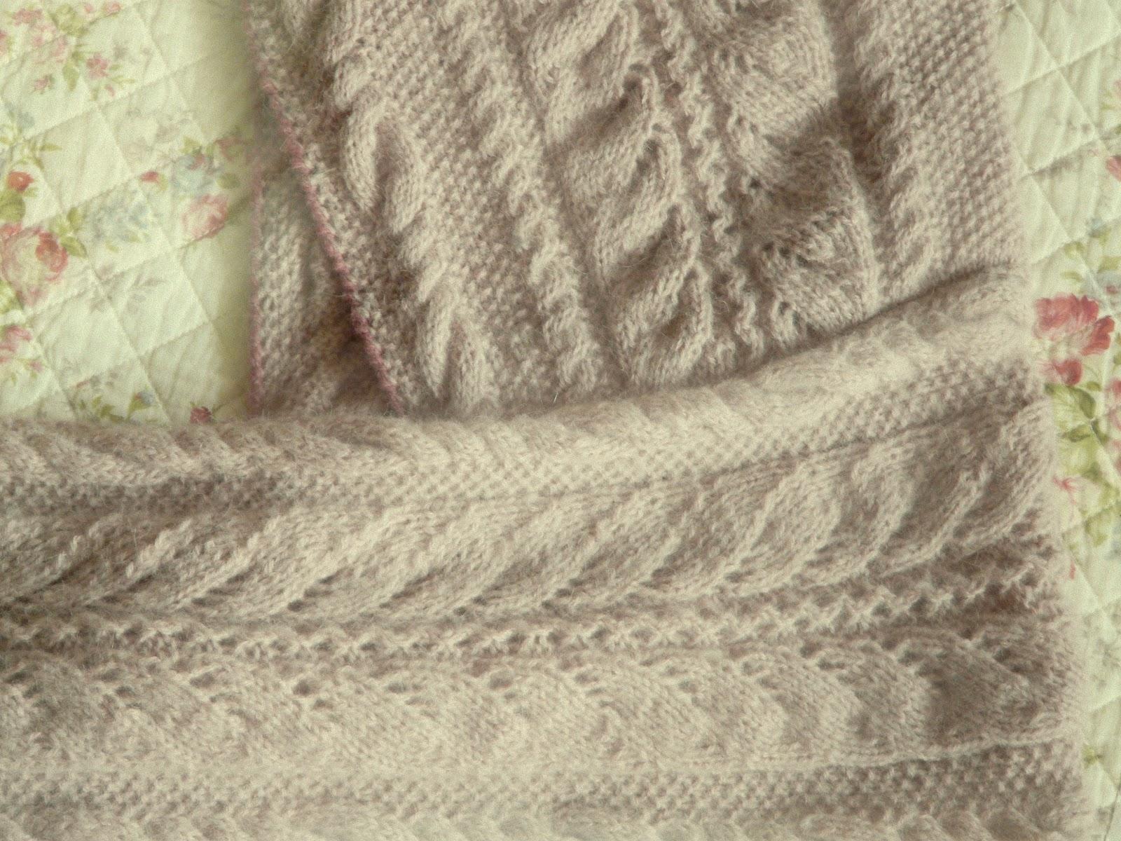 Kapuzenschal, gestrickt - Schal angenäht