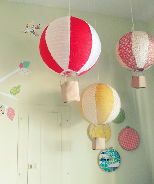 The joyeful journey diy paper lantern hot air balloons for Diy balloon projects