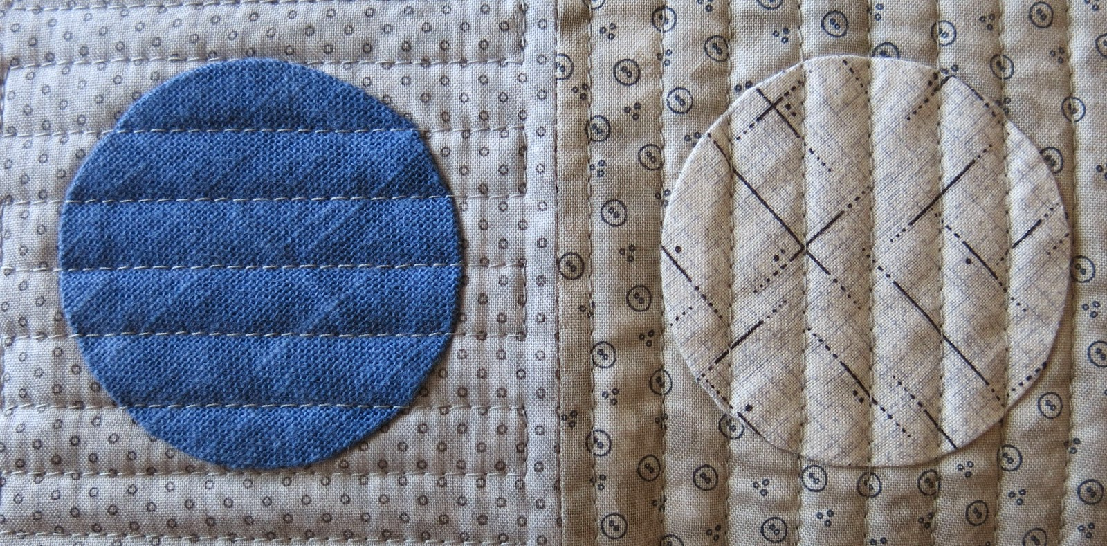 Applique circles - Cushion - Machine quilting