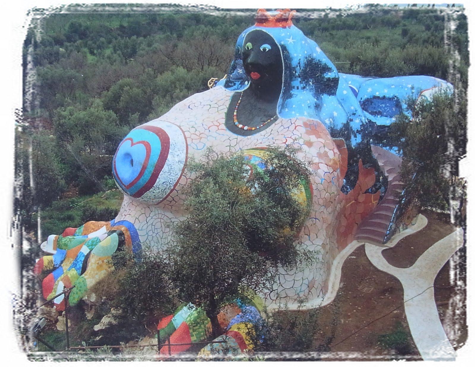 KUNST von Niki de Saint Phalle