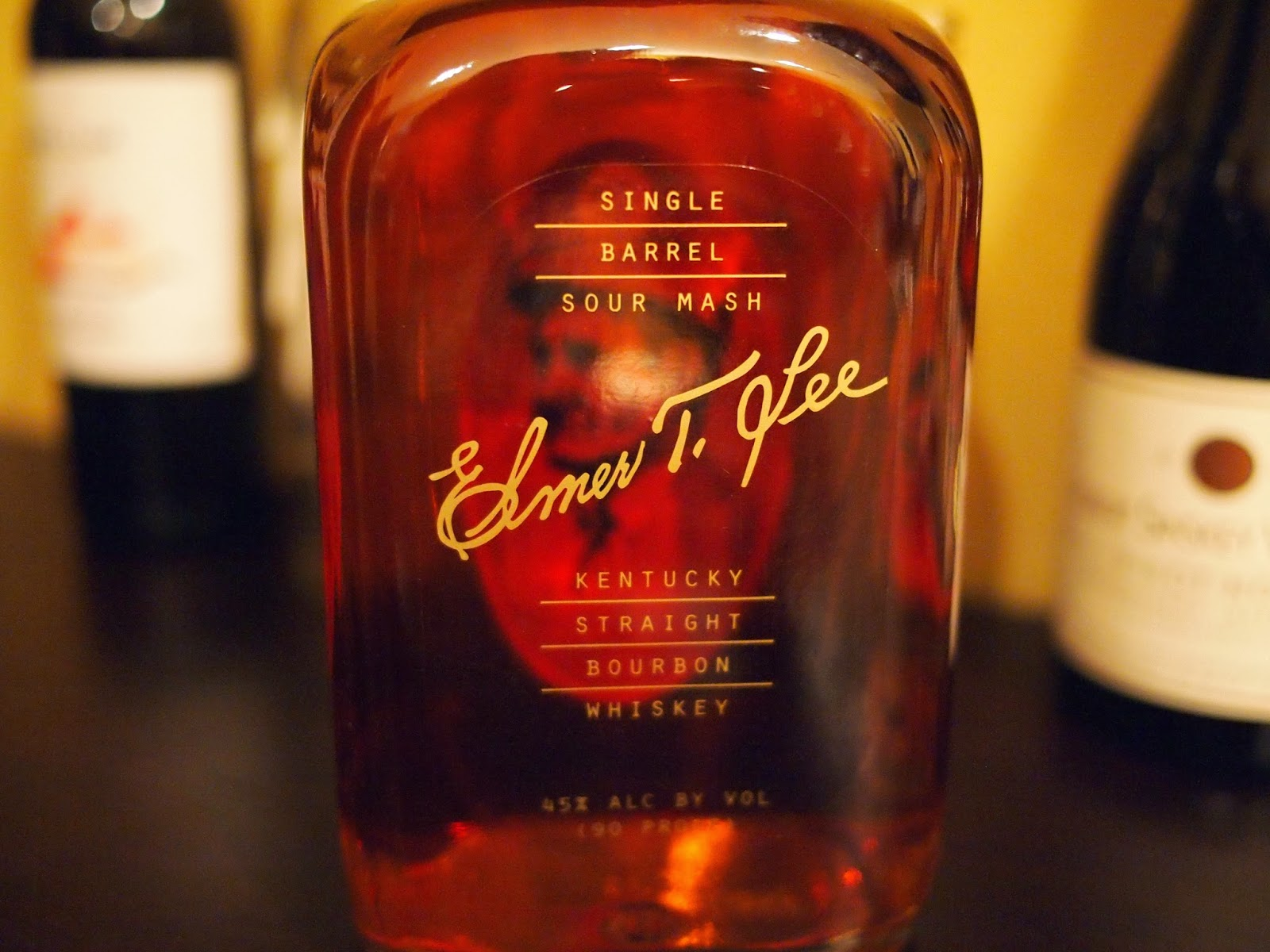 elmer singles Elmer t lee bourbon single barrel 750 ml elmer t lee single barrel sour mash kentucky straight bourbon whiskey has a delicious, nectar-like silkiness, and a wonderful smoothness.