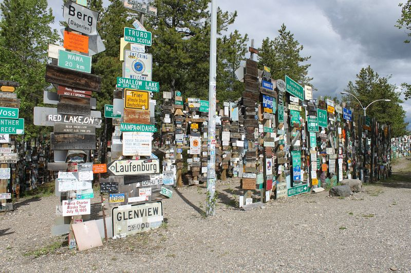 sign-post-forest-7