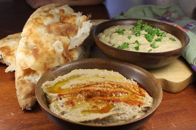 Hummus bi Tahina حمص بالطحينة Hommus dip