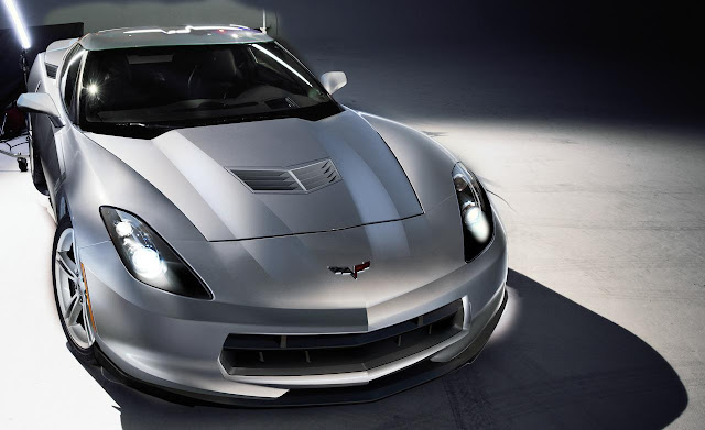 2014 Chevrolet Corvette C7.JPG