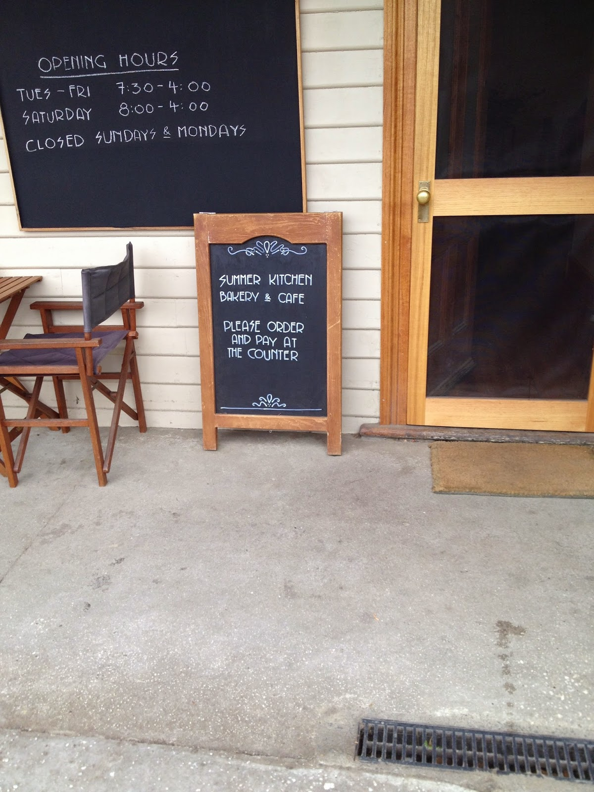 the yellow house in the U: Summer Kitchen Bakery and Cafe
