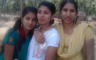 Tamil girls enjoying in college tour.