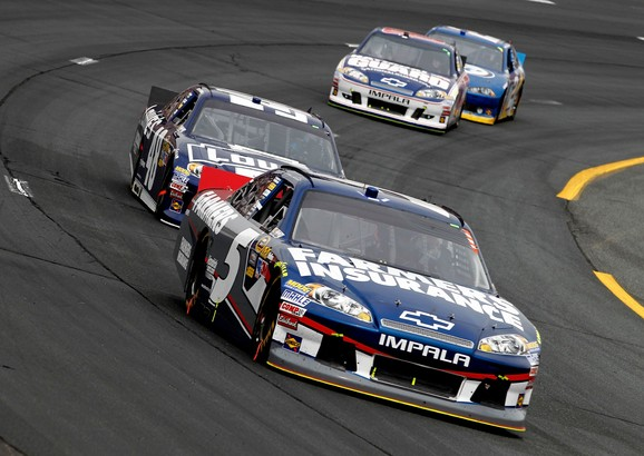Kasey Kahne Wins at New Hampshire Motor Speedway