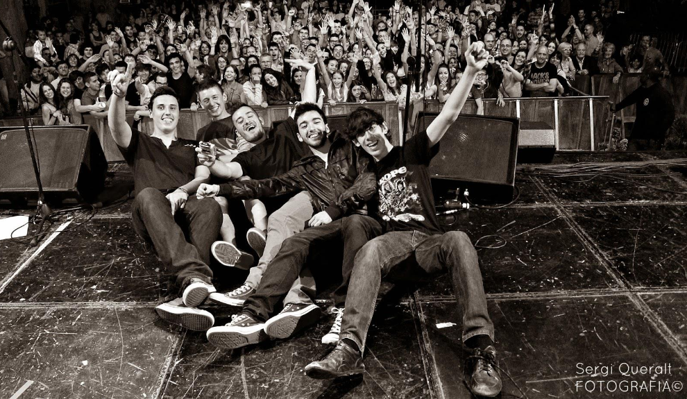 Grupo Spring Riot Kalopsia EP