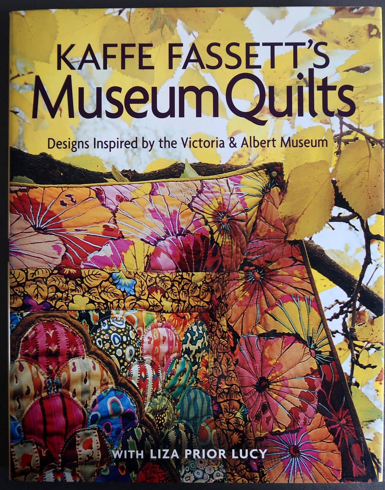 Kaffe Fassett's Museum Quilts (click!)