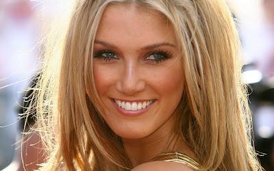 Delta Goodrem Beautiful Singer & Actress Wallpapers Actress