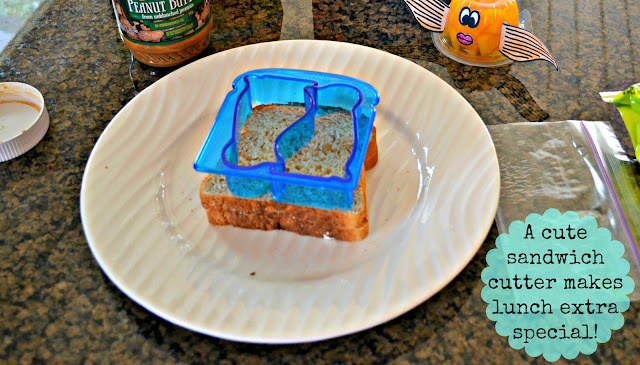munchkin sandwich cutter, healthy lunch options, kids lunches, #SmartSnack