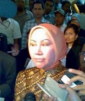 Interogasi Kasus Pidana Ijazah Palsu Ratu Atut chosiyah di Polda Metro Jaya