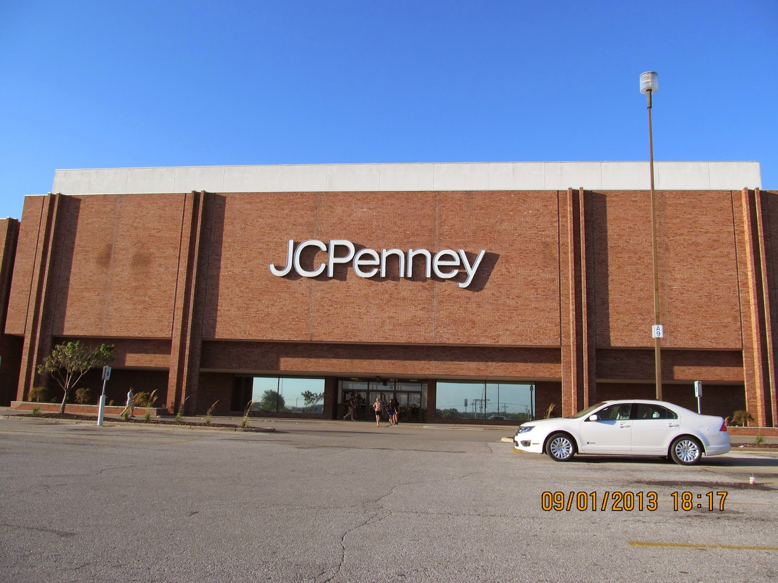 Trip to the Mall: North Park Mall- (Davenport, IL)