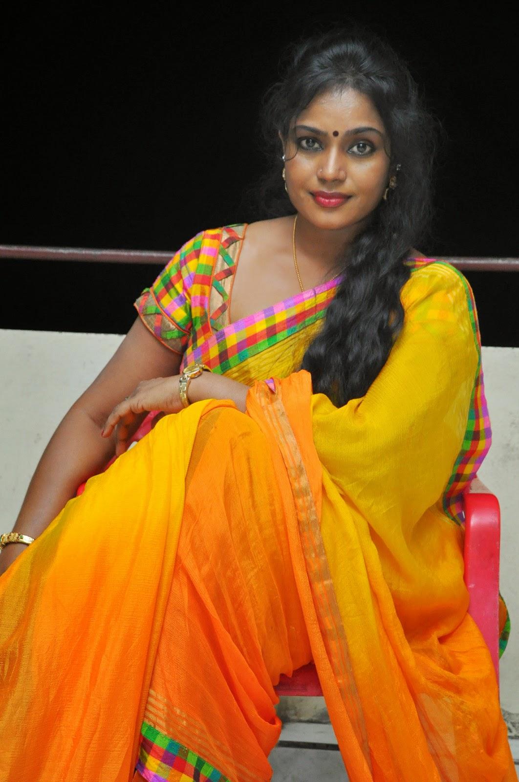 Jayavani glam pics in saree-HQ-Photo-1