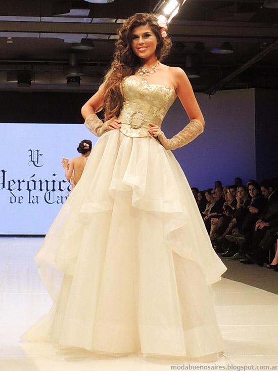 Vestidos Veronica de la Canal moda primavera verano 2015. Semana de la Moda primavera verano 2015.