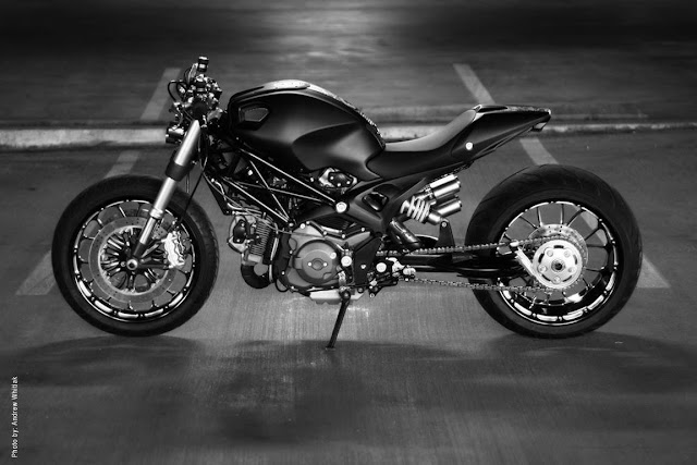 Custom Ducati Monster | Ducati Monster 1100 | Ducati Monster custom | custom Motorcycles | Ducati Monster 1100 Parts | Ducati Monster 1100 for sale | Ducati Monster 1100 Evo Specs | Ducati Monster 1100 Evo price | way2speed.com