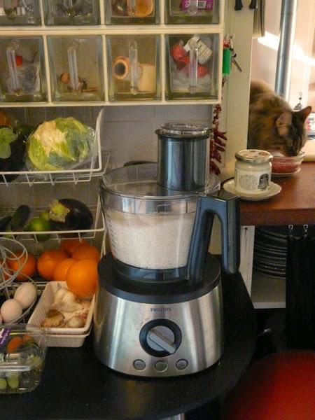 Zelf Keuken Maken Goedkoper : huis-tuin-en-keuken: C: Kokospasta zelf maken