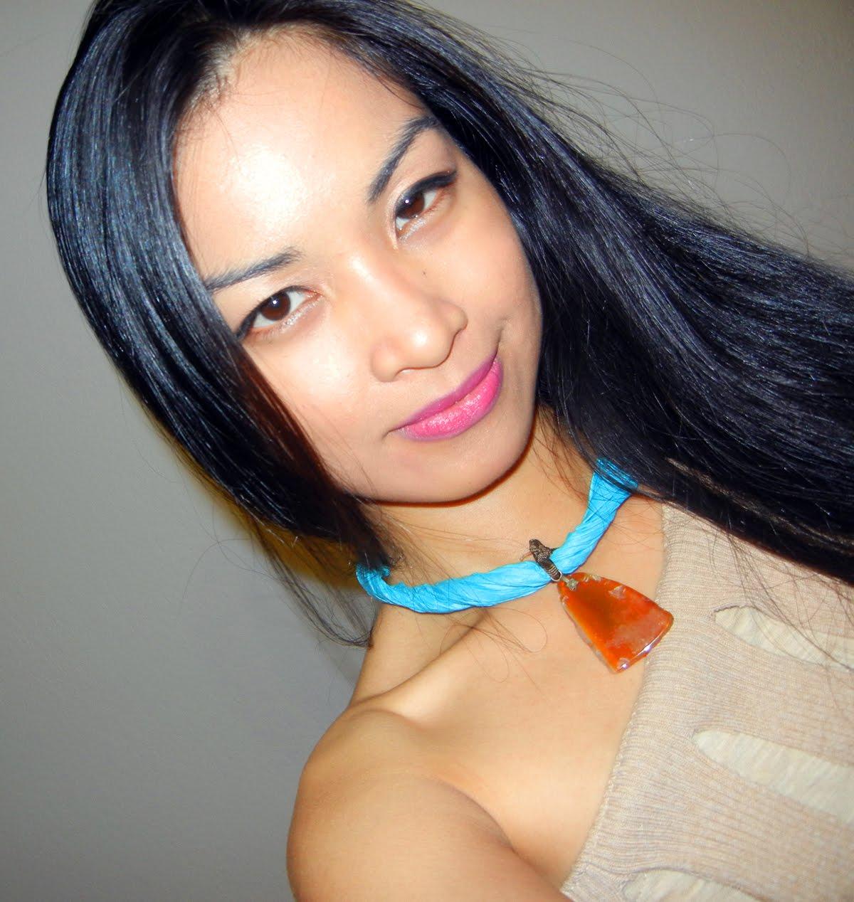 http://3.bp.blogspot.com/-NNrT-ntOUXU/Ts6wJBQ2QbI/AAAAAAAAACM/l5IYxtmSXaE/s1600/HPocahontasheadshot.jpg
