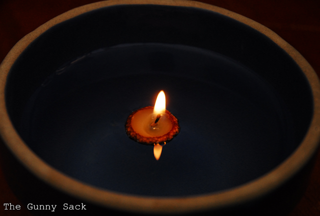 recycling ideas for parties: floating acorn candles tutorial