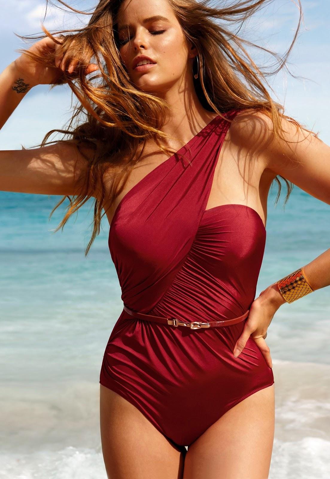Robyn lawley in bikini at beach - Ragazze nude in bagno ...