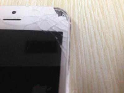 Wanita China cedera mata selepas skrin iPhone 5 meletup