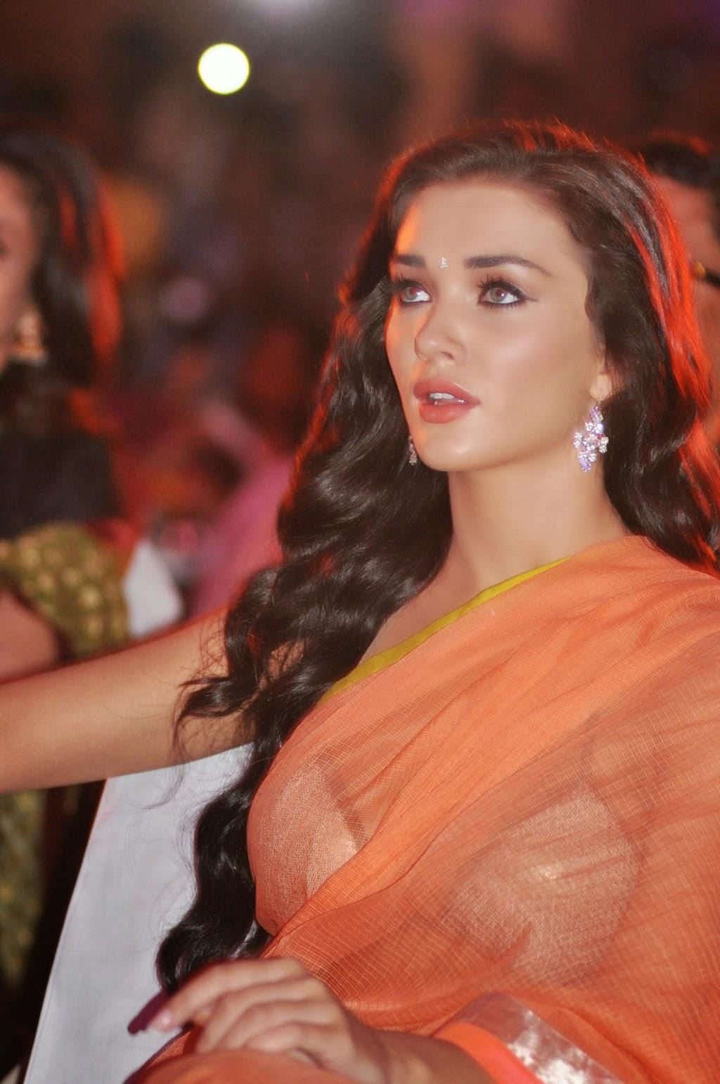 amy jackson looking beautiful in transparent saree