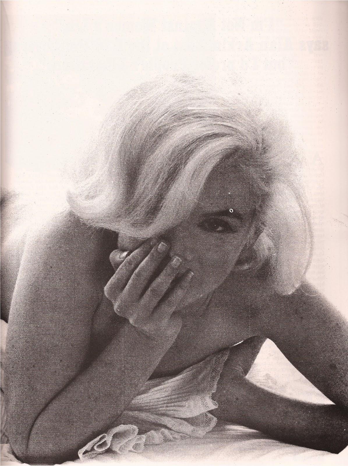 http://3.bp.blogspot.com/-NOFs56MtVmw/T671U3eGVAI/AAAAAAAAGNs/J-aY6m0NQqY/s1600/Marilyn+Monroe+Show+Magazine+9%253A72+-3-+2.jpg