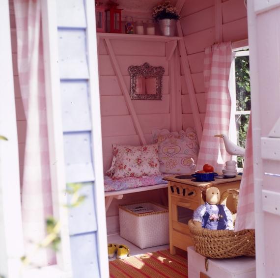 Lilla tildes hem inspiration lekstuga for Wendy house ideas inside