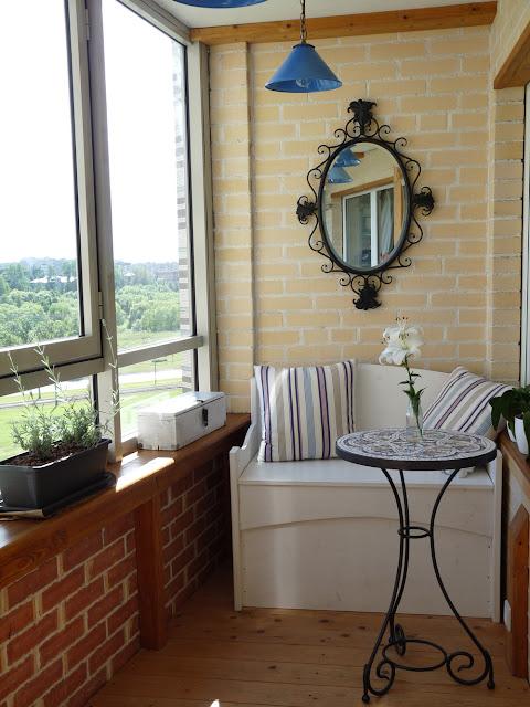 Декор балкона своими