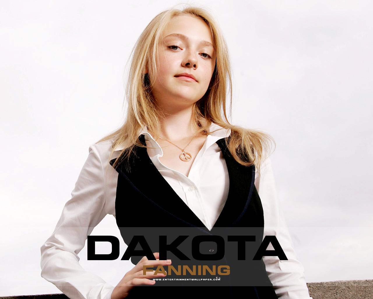 Dakota Fanning,papeis ... Dakota Fanning