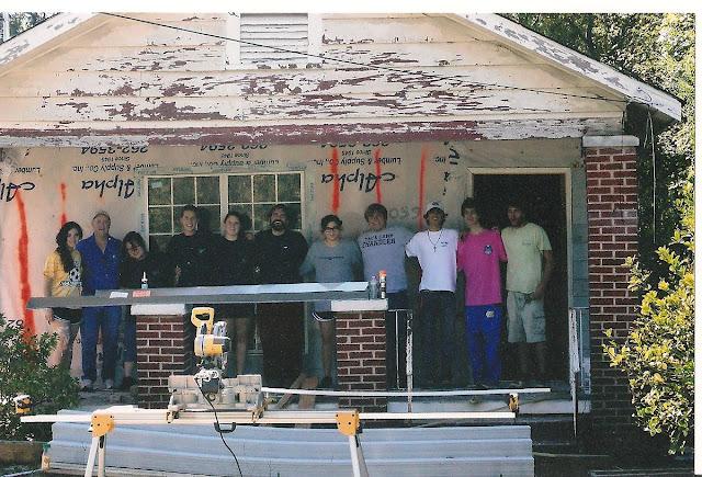Montgomery Catholic Preparatory School Key Club joins House 2 House to Renovate Home 1