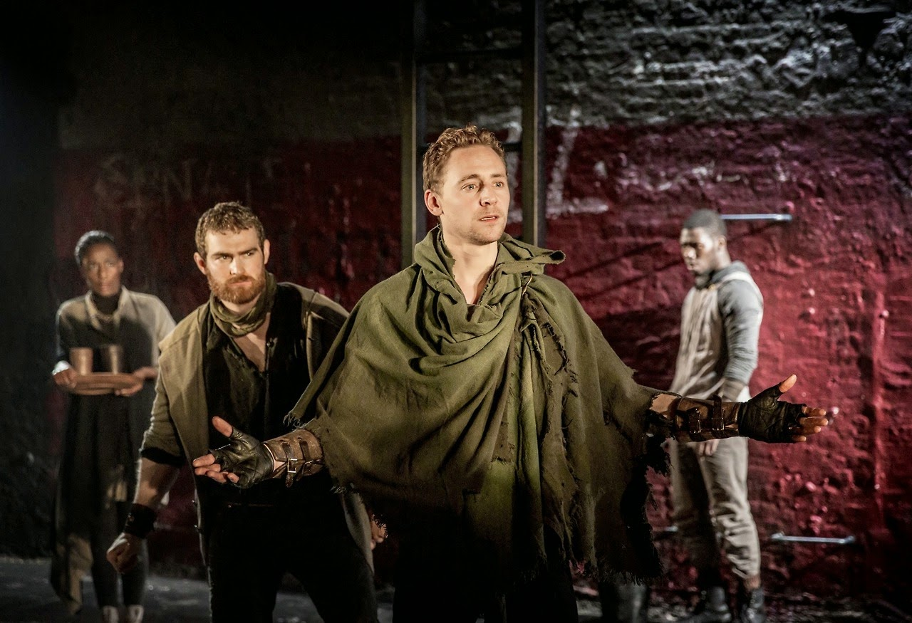 coriolanus, tom hiddleston, national theatre live, nt live, el zorro con gafas