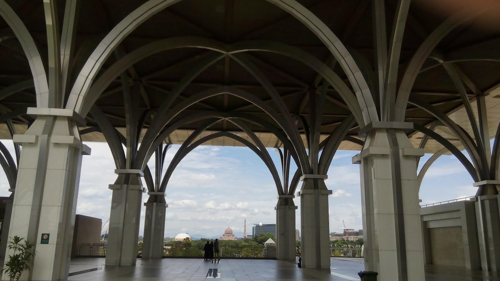 Masjid Tuanku Zainal Abidin, Masjid Besi, Silhoutte, Masjid Putra, Putrajaya, arzmoha, visit malaysia,