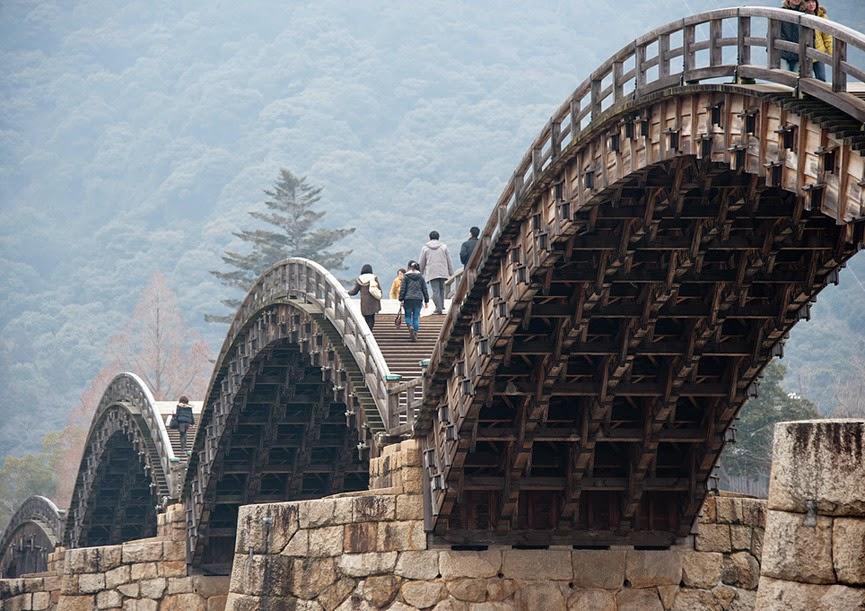Puente de Kintai, Iwakuni, Japón