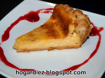 Tarta de queso mascarpone con hojaldre