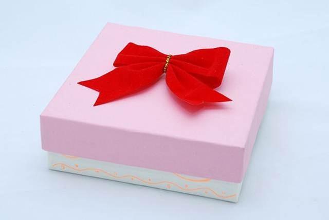 Dame Manualidades Cmo decorar una caja para regalo