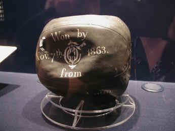Bola permainan bolasepak yang tertua di dunia