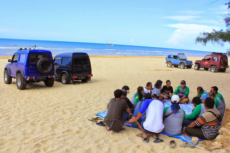 Kopdar SKIn di Pantai Lombang Sumenep Madura