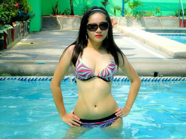 sexy asian girls in bikini 06