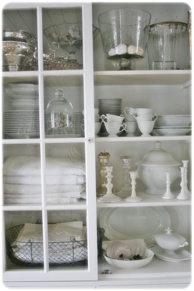 Vibeke design: opprydding i hvitt....