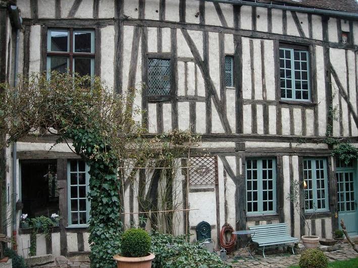 EN BOURGOGNE/FRANCE