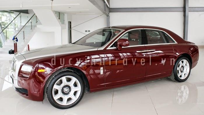 Cho thuê xe cưới Siêu VIP Roll Royce đỏ đun lịch lãm