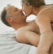Siapa kata wanita 40an tidak boleh menikmati seks