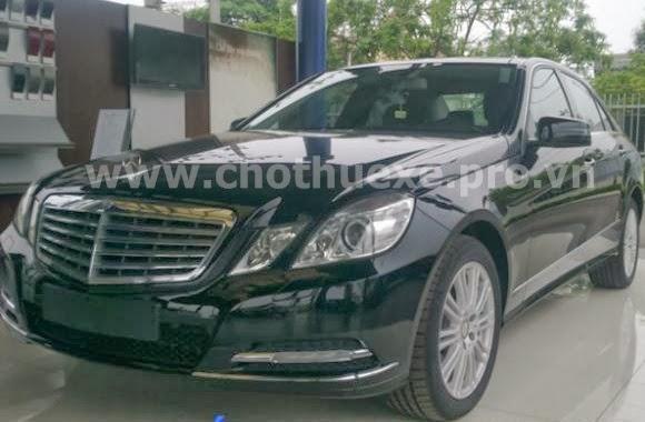 Cho thuê xe VIP Mercedes E300