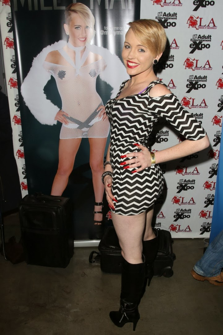 Event Photoshoot : Miley May Photoshot For AVN Adult Entertainment Expo Magazine Las Vegas 2014