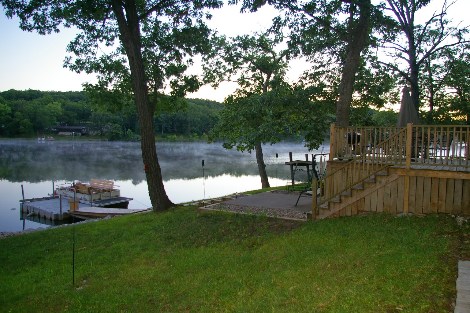 Spring lake cabin beautiful renovated lakefront cabin for for Lakeside cabins for sale