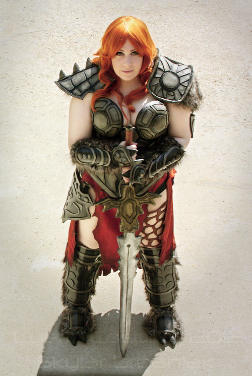 cosplay féminin barbare diablo 3 lyeric