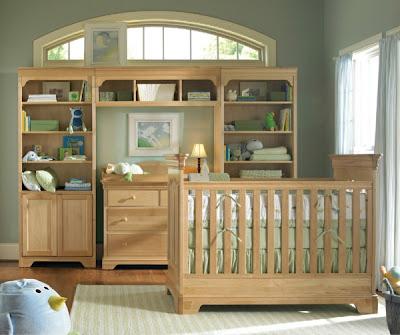 habitación de bebé verde